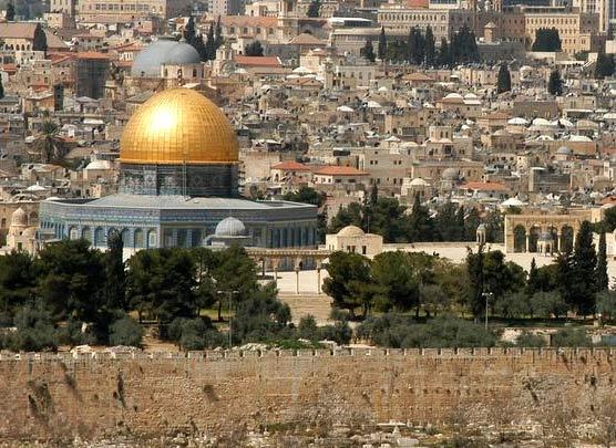 القدس أولى القبلتين وثالث الحرمين الشرفين -لا لتهويد القدس