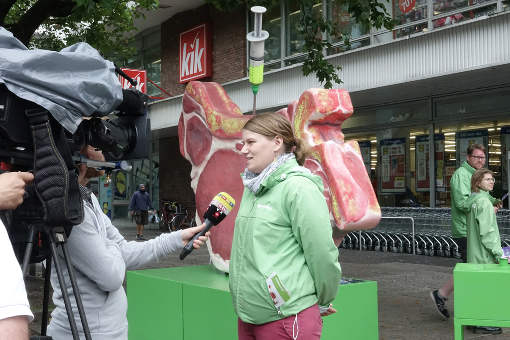 Greenpeace-Aktion vor Lidl, Foto: @ Evelin Frerk