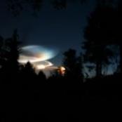 Meteorit rast auf die Erde zu (http://www.morguefile.com/archive/?display=79208&)