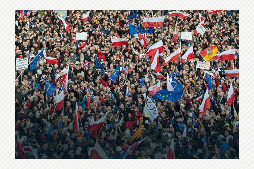 Großkundgebung am 19.12.2015 in Warschau