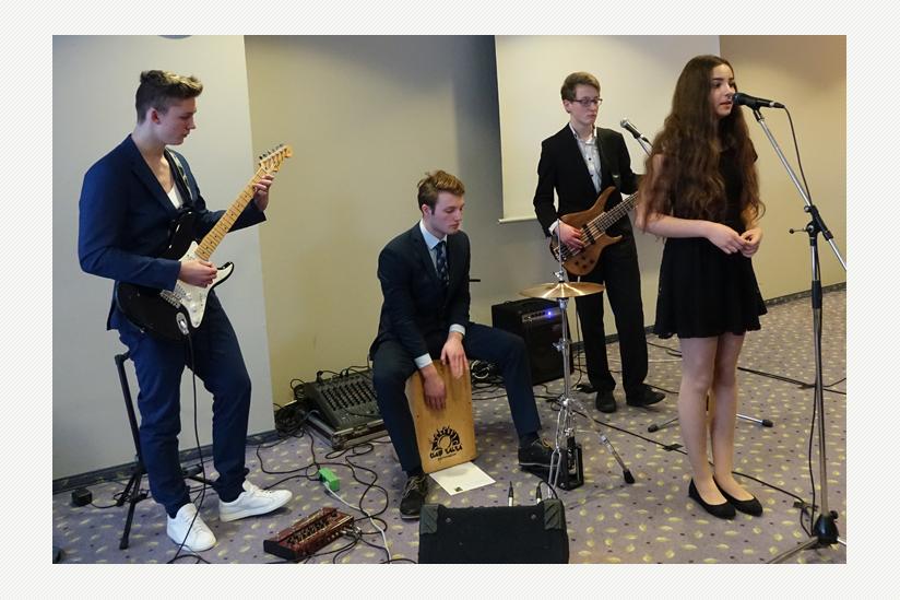 """""""Feldweg 7"""", Schüler-Band aus Anklam"""