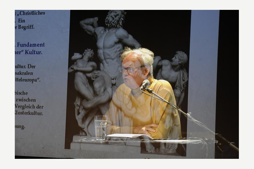 """Rolf Bergmeier spricht über die """"Legende vom christlichen Abendland"""""""