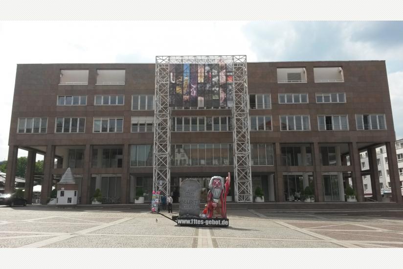 Moses vor dem Rathaus Dortmund