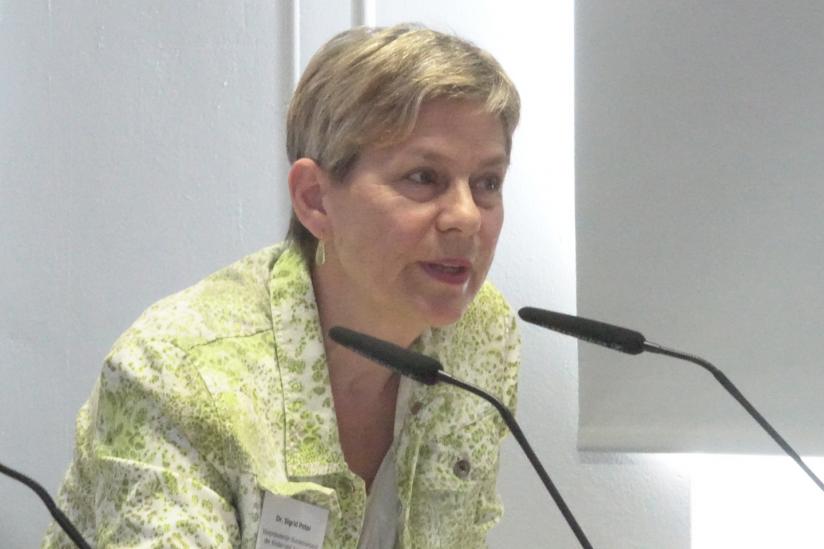 Dr. Sigrid Peter