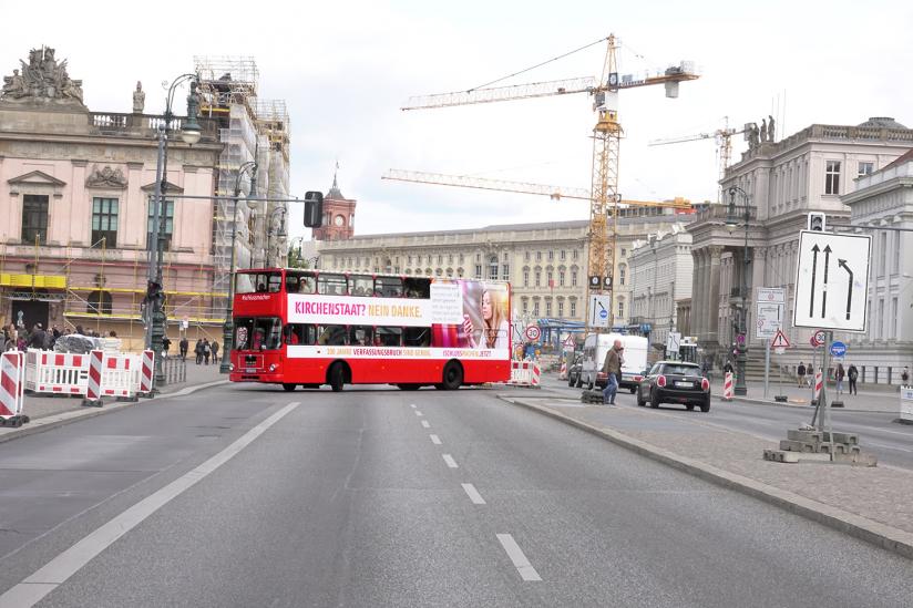 Der Bus während einer Stadtrundfahrt