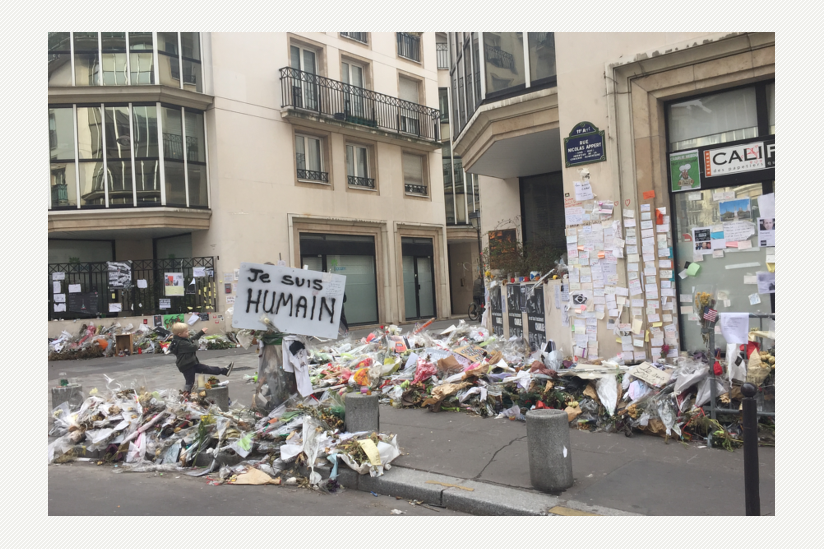 Solidaritätsbekundungen gegenüber des ehemaligen Redaktionsgebäudes