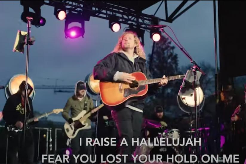 """Screenshot des Videos """"Raise a Hallajujah"""""""