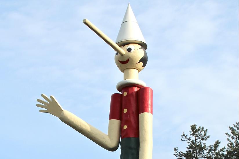 """Statue im """"Parco di Pinocchio"""", Pescia."""