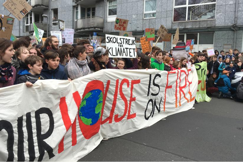 In der ersten Reihe der FFF-Demo in Berlin liefen auch Greta Thunberg und Luisa Neubauer mit.