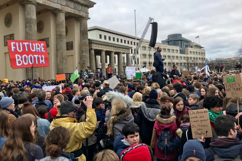 """Friday for Future""-Demonstration am Brandenburger Tor"