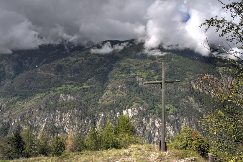 Stehen Gipfelkreuze unter dem Schutz des Artikels 261?