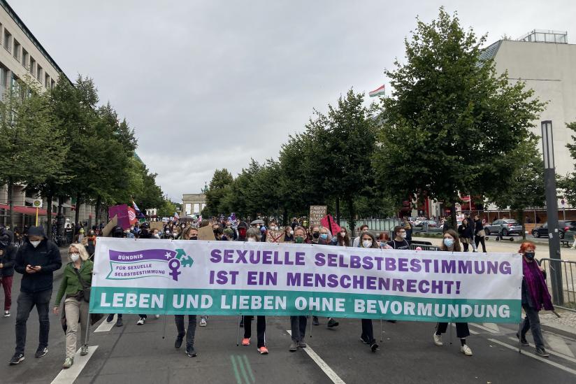 Zur Gegendemo aufgerufen hatte das Bündnis für sexuelle Selbstbestimmung