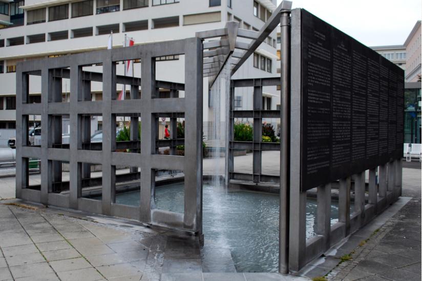 Jubiläumsbrunnen Friedensplatz Linz