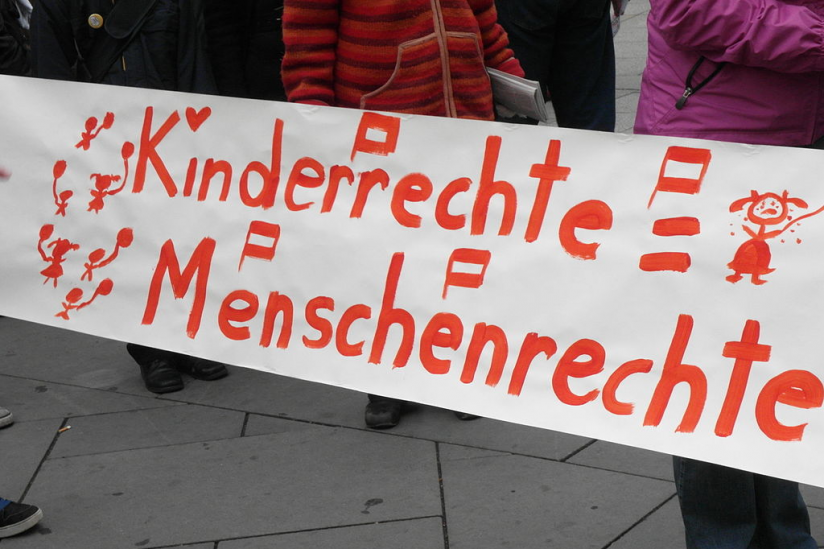 "Demo am ""United Nations Children's Rights Day"" (Wien, 2010)"