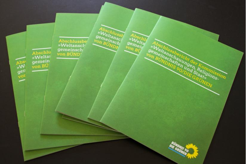 """Abschlussbericht der Kommission """"Weltanschauungen, Religionsgemeinschaften und Staat"""" von Bündnis 90/Die Grünen"""