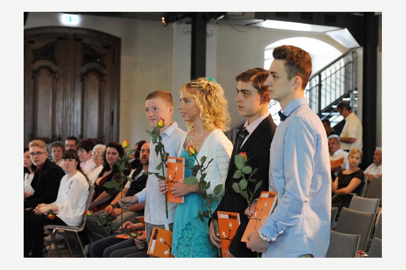 """JugendFEIER in der """"Schlosskirche"""" von Altlandsberg - fast 30 Familien waren beteiligt"""
