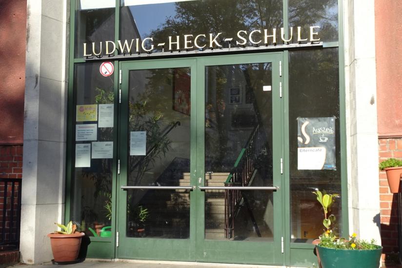 Eingang der Ludwig-Heck-Schule, Berlin