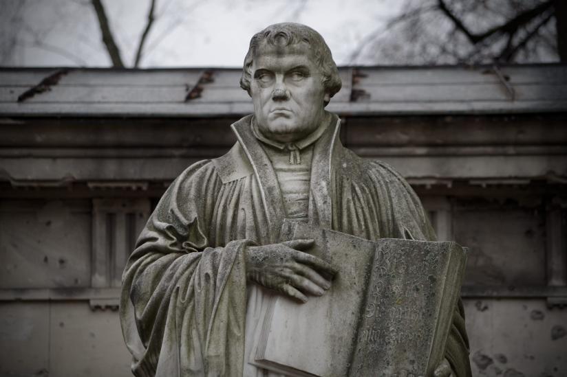 Luther auf dem Dorotheenstädtisch-Friedrichswerderscher Friedhof