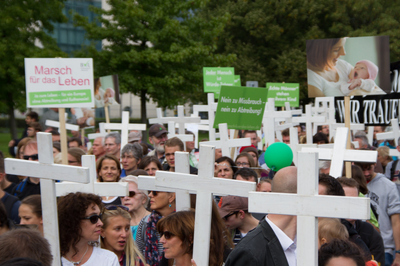 Auch in Deutschland haben sich die Abtreibungsgegner längst formiert.