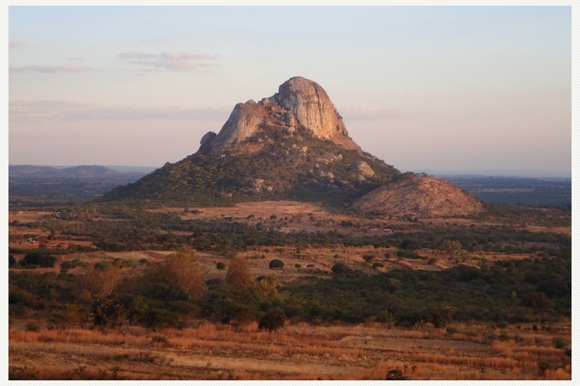 Am Mount Hora in Malawi wurde die älteste DNA-Probe der Studie gefunden. Sie stammt von einer Frau, die vor mehr als 8.000 Jahren lebte.
