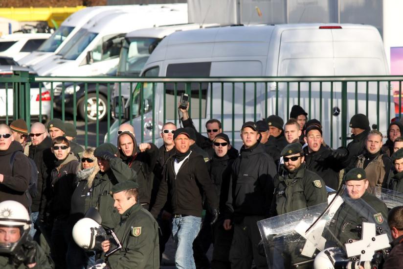 Aufmarsch von Rechtsradikalen in Köln-Kalk (2011)