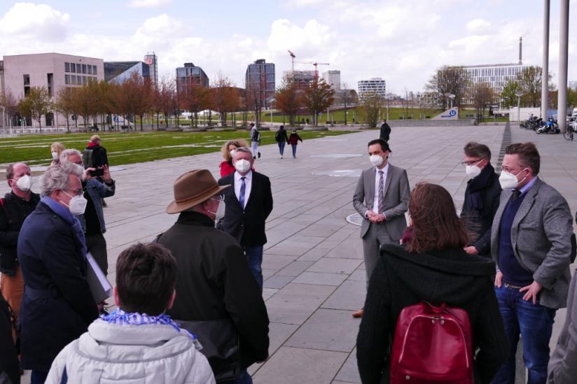 Vertreter der Betroffenenverbände im Gespräch mit Bundestagsabgeordneten