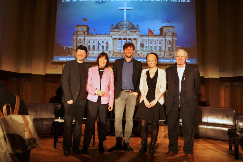 Michael Schmidt-Salomon, Ingrid Matthäus-Meier, Philipp Möller, Jacqueline Neumann und Carsten Frerk (v. l. n. r.)