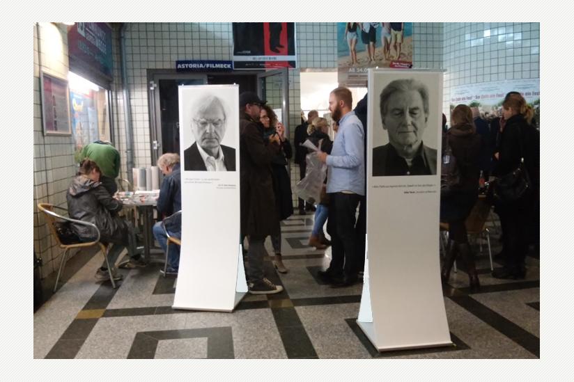 Ausstellung bei der Leipziger Premiere