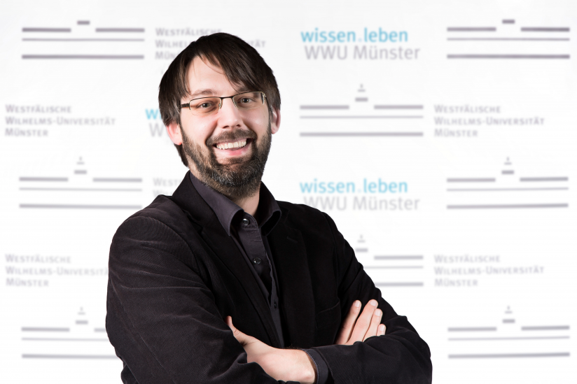 Prof. Dr. Bernd Schlipphak