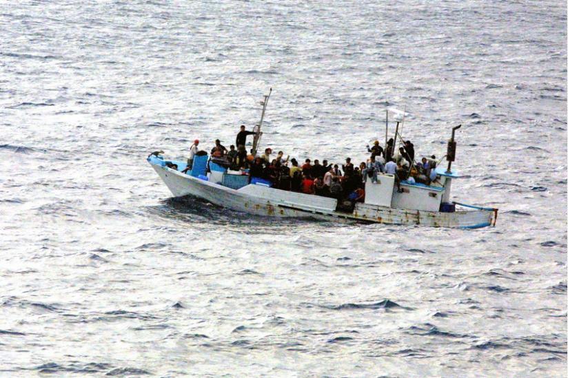 überfülltes Flüchtlingsboot