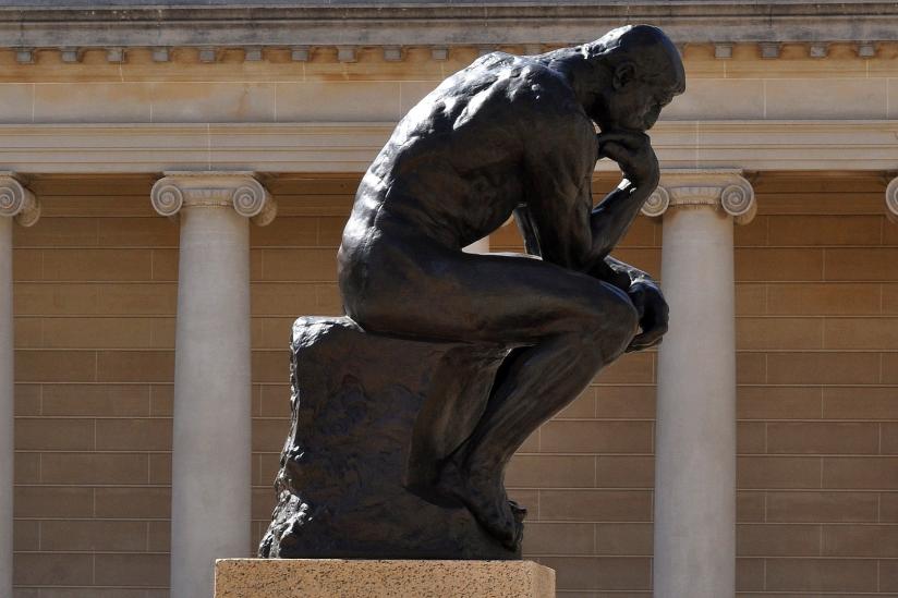 """Die Plastik """"Der Denker"""" des Bildhauers Auguste Rodin."""