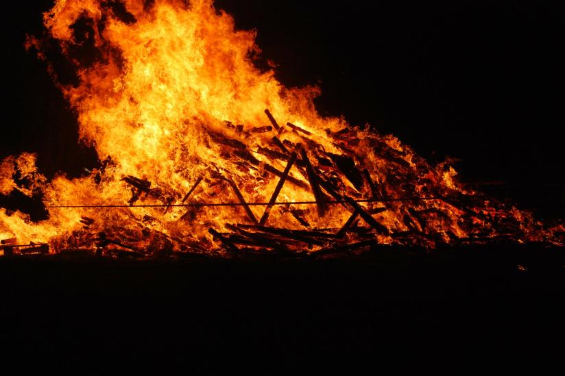 Auch das Verbrennen von Hexen und Ketzern hat eine lange Tradition.