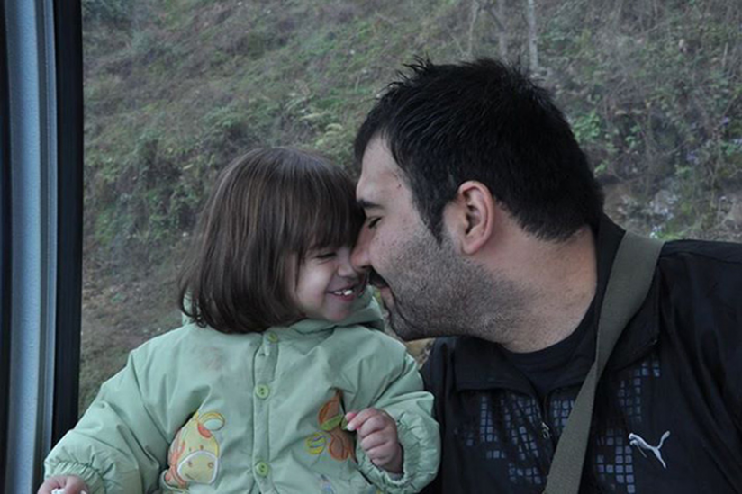 Soheil Arabi mit seiner Tochter Rojan