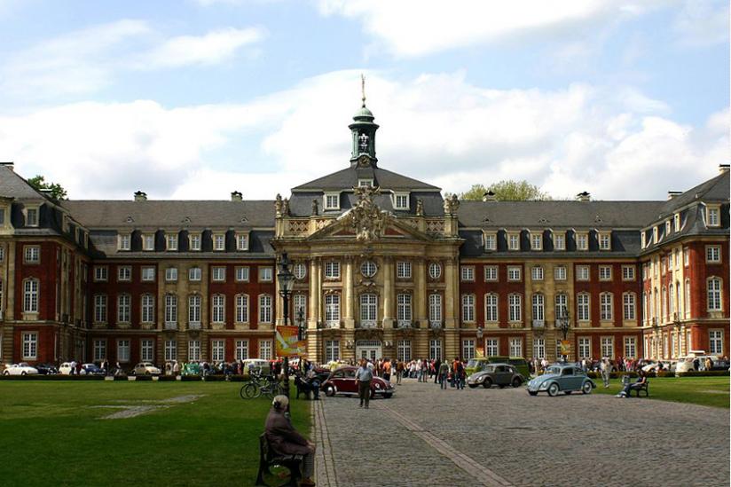 Hauptgebäude der Universität Münster