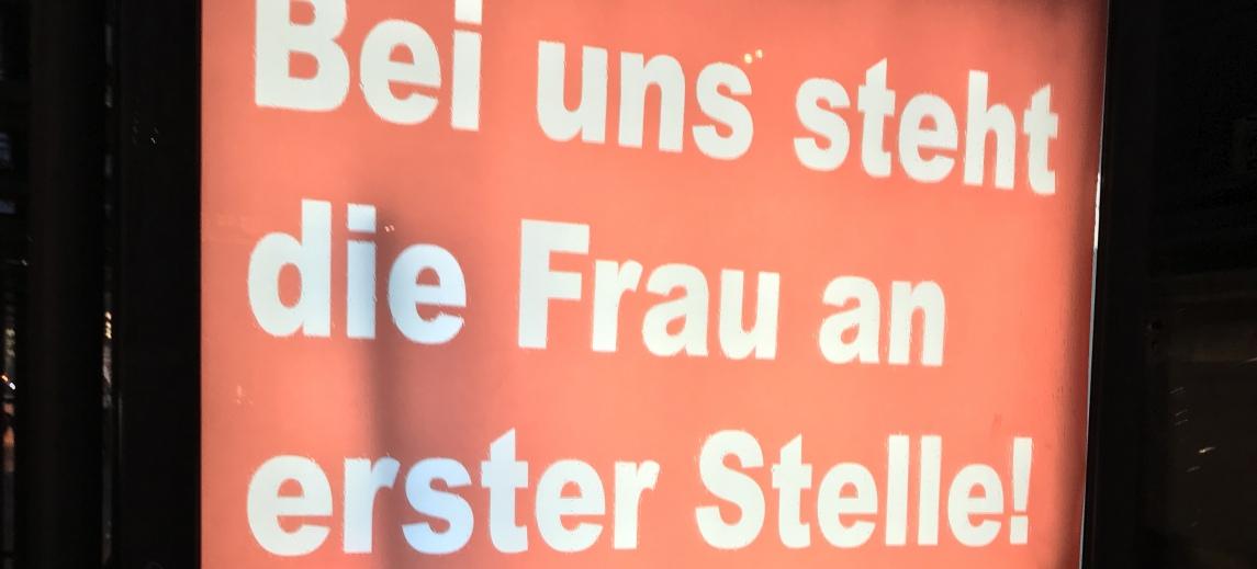 Provozierende Werbekampagne einer Berliner Künstlergruppe (Ausschnitt)