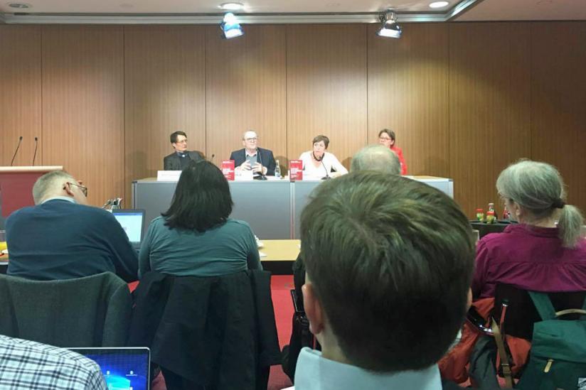 Pressekonferenz zur Buchvorstellung