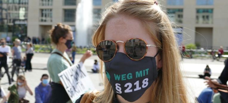 """Auf der Kundgebung """"Leben und Lieben ohne Bevormundung"""" am 19. September 2020 in Berlin"""