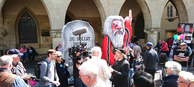"""Das """"11. Gebot"""" in Münster"""