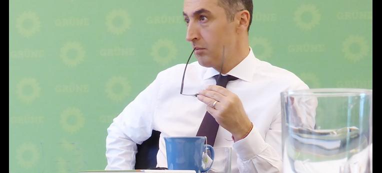 """Cem Özdemir: """"Diesem ersten Gespräch mit Vertretern säkularer Organisationen werden weitere folgen"""""""