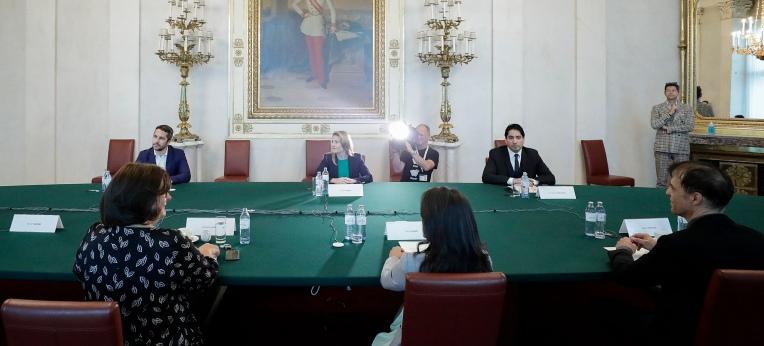"""Round Table zum Thema """"Dokumentationsstelle Politischer Islam"""""""