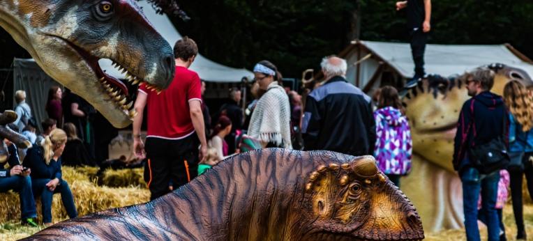 Dinosaurier und Menschen