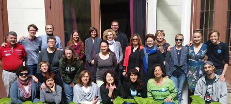 TrainerInnen und TeilnehmerInnen des PEARLS Teacher Training Course in Budapest April 2017