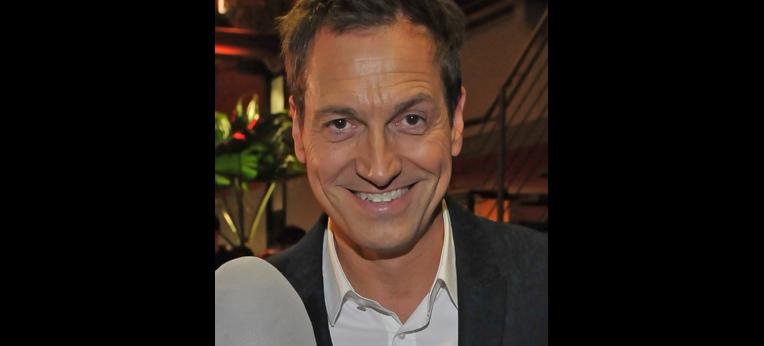 Dieter Nuhr auf dem Deutschen Comedypreis in Köln am 15. Oktiober 2013