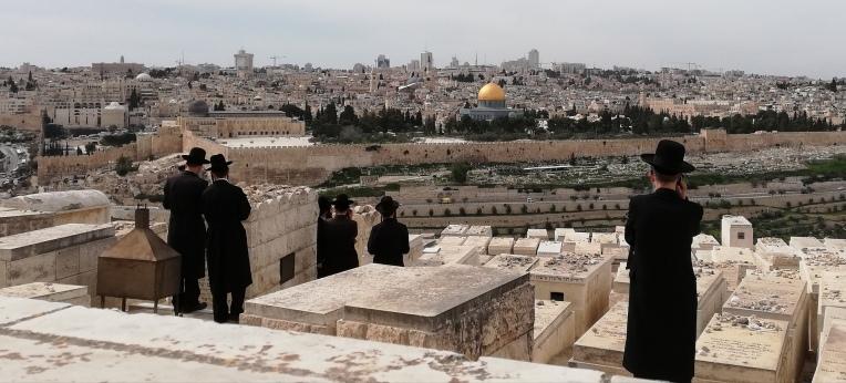 Ultra-orthodoxe jüdische Gläubige