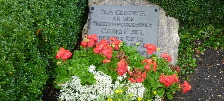 Symbolisches Grab von Georg Elser auf dem Königsbronner Friedhof in Itzelberg (2003 errichtet)