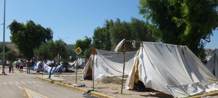 Kara Tepe, das provisorischen Lager auf dem ehemaligen Verkehrsübungsplatz
