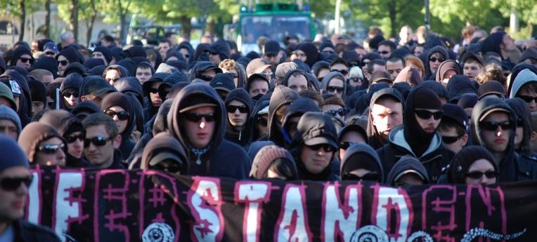 """Der """"schwarze Block"""" bei einer Demo in Hamburg"""