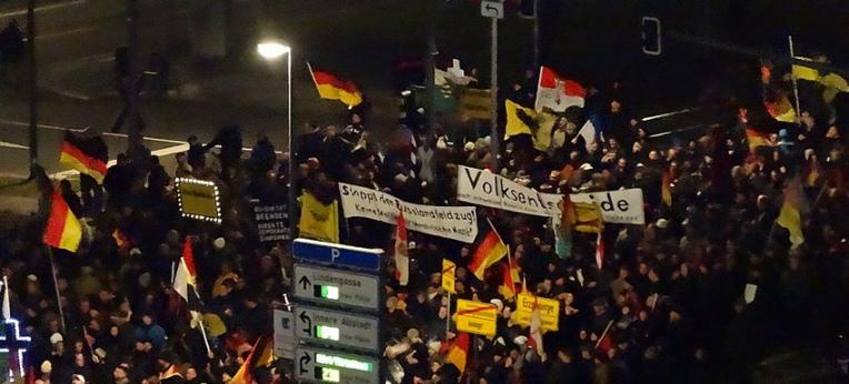 Pegida-Demonstration am 12. Januar 2015 in Dresden