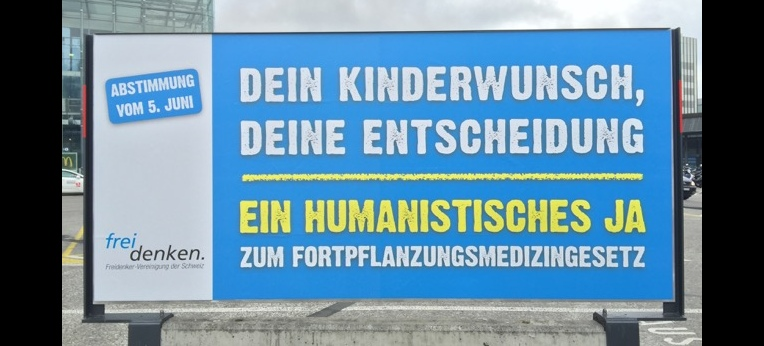Plakat beim Bahnhof Bern