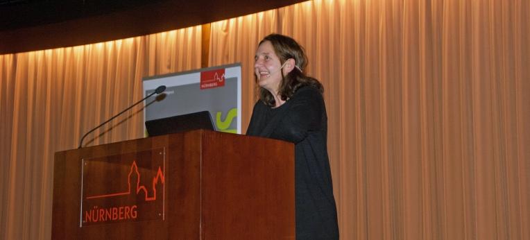 Die Bamberger KI-Professorin Dr. Ute Schmid stellte am 26. März 2019 ihre Vision interaktiver KI-Systeme vor.